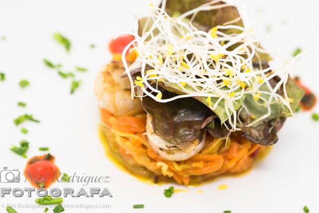 En la ensalada de zamburiñas cuáles son los colores que abren el apetito por para pinchanogrove por Niri Rodríguez fotógrafa en Pontevedra