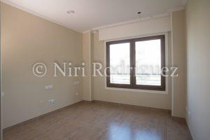 Fotografia bien expuesta para interior y sobreexpuesta venta para aplicar la técnica del HDR - Niri-Rodriguez-Fotografa-Inmobiliaria-de-Pontevedra